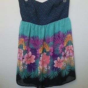 Torrid size 18 floral strapless dress
